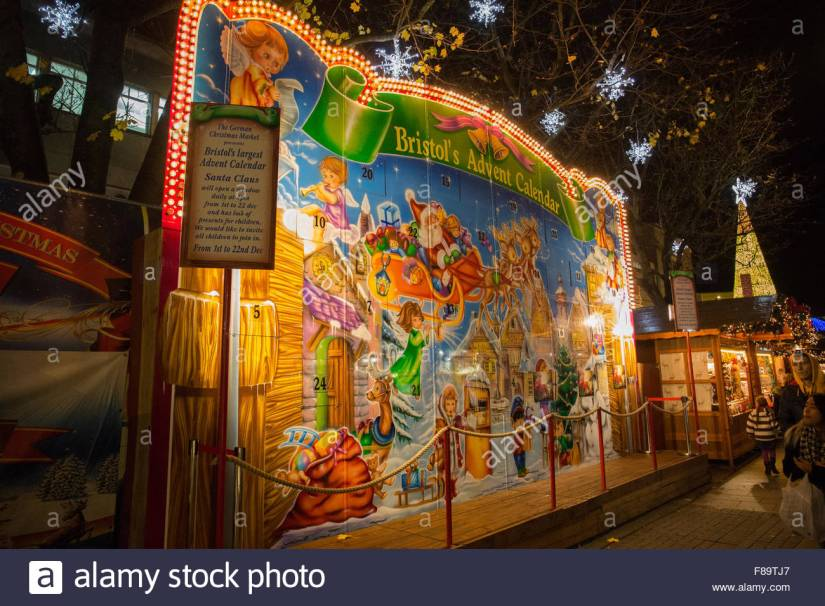 the-advent-calendar-at-the-german-christmas-market-bristol-uk-F89TJ7.jpg